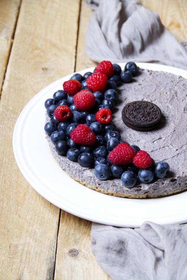 Cheesecake fredda agli oreo e frutti di bosco_02