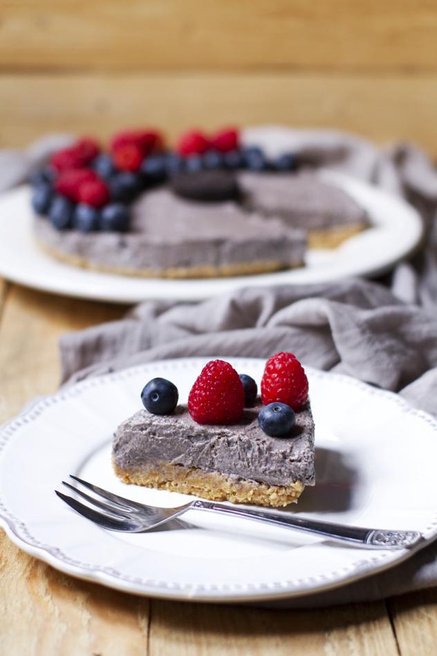 Cheesecake fredda agli oreo e frutti di bosco_04