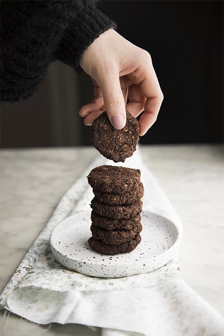 Biscotti morbidi al cacao (senza uova, lattosio e zucchero)_02