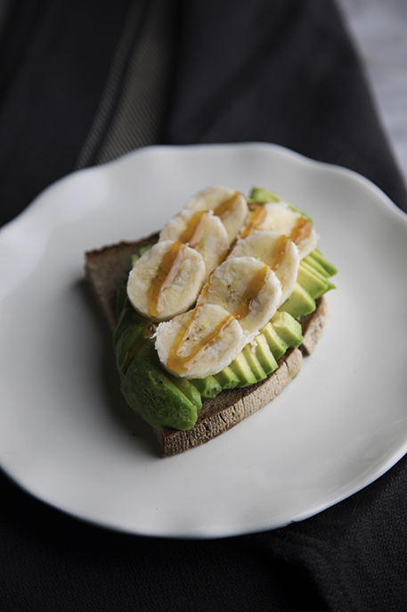 Come fare un avocado toast: 5 (+ 1) varianti