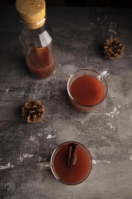 Succo di mela caldo speziato (analcolico)